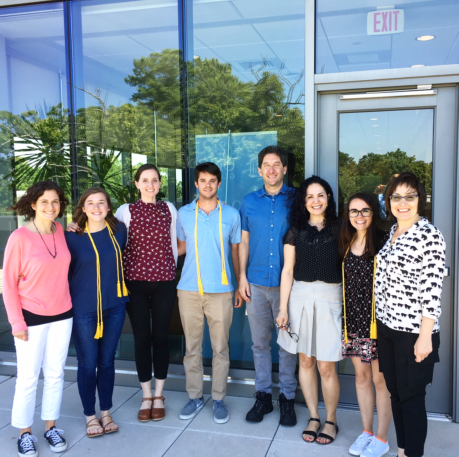 senior honors thesis jmu Submission of honors capstone project application and proposal by the stated  deadline at the  a traditional written research thesis reflecting substantial  scholarship and  go to the senior honors projects section of scholarly  commons.